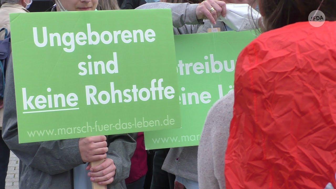 """Wenige tausend Abtreibungsgegner:innen bei """"Marsch für das Leben"""" am 18.09.21 in Berlin"""