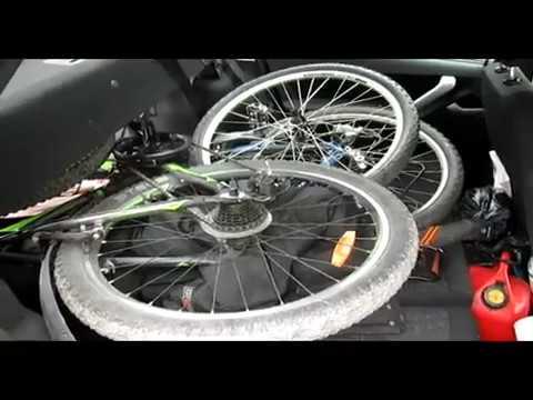 Датсун он - До. Два велосипеда в салоне авто.