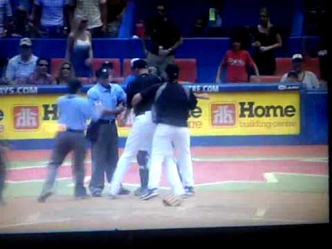 Rauch gets tossed, Farrell argues call and is ejected!