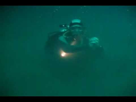 video fenomena alam sungai air tawar mengalir di dasar laut mexico.mp4