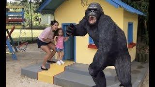 Kids and monkey, Johny Johny Yes Papa