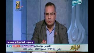 جابر القرموطي يقف على الهواء لتحية شهداء سيناء.. فيديو