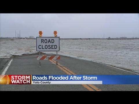 Roads Flood In Yolo County