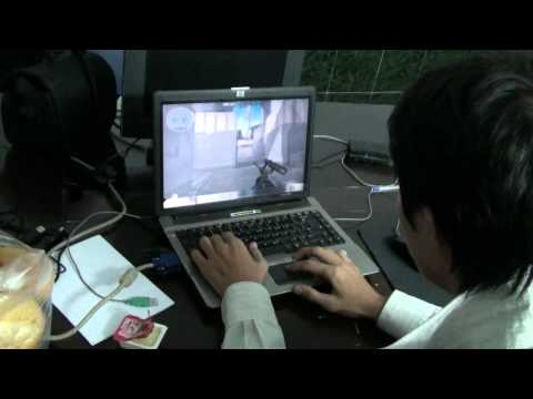 Play shooter using touchpad still hit head and win