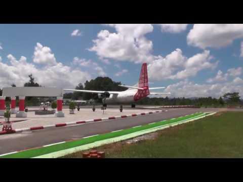 BANDARA PONGTIKU ; Penerbangan perdana TRANS NUSA ke Toraja