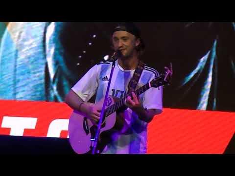 Tom Felton singing live // Argentina Comic Con, 10/12/2017