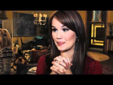 Debby Ryan On Set 'Jessie' Interview