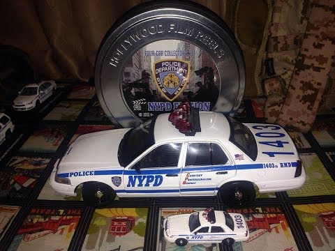 Custom 1/18 Greenlight Ford CVPI (NYPD) With Light And Sound.