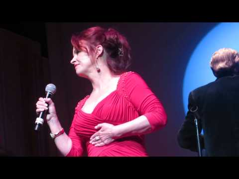 Sheena Easton-FOR YOUR EYES ONLY-w/Bill Conti & The San Diego Symphony, May 9, 2014-Live-James Bond