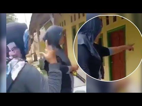 VIDEO Emak-emak: Kalau Jokowi Menang Azan Masjid Akan Dilarang