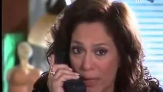Senhora do Destino:Maria do Carmo conversa com Lindalva pelo telefone