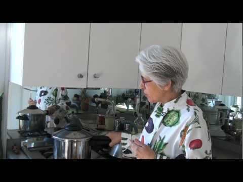 pressure-cooker-curried-split-pea-soup-in-20-minutes-(part-one)