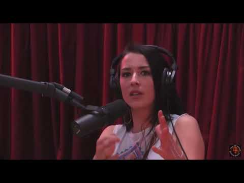 Abby Martin on the left-right paradigm and the Trans-Pacific Partnership (TPP) (JRE #634)