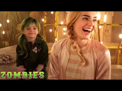 bloopers!-|-zombies-|-disney-channel