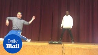 Student Challenges Teacher to Dance-Off - Daily Mail