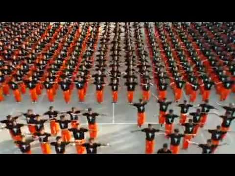 Michael Jackson Filipinos presos bailan THIS IS IT
