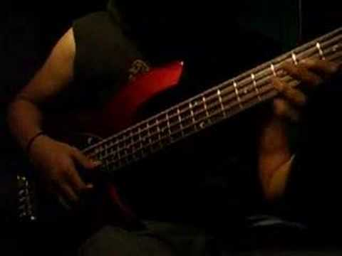 Download Me and My bass guitar - victor wooten (lesson)