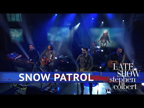 Snow Patrol Performs 'Don't GIve in'