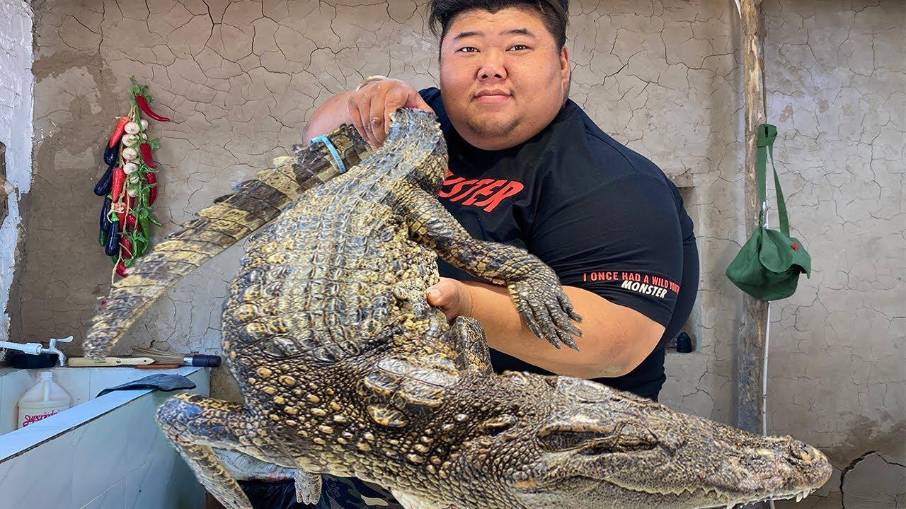2000元买条30斤的大鳄鱼,猴哥把整只下锅红烧,简直是人间美味!【胖猴仔】