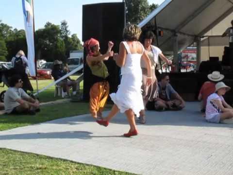 Danse tzigane des Balkans festival globe to globe à Melbourne