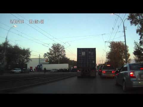 Новосибирск. Авария 27.09.12 на ул.Петухова