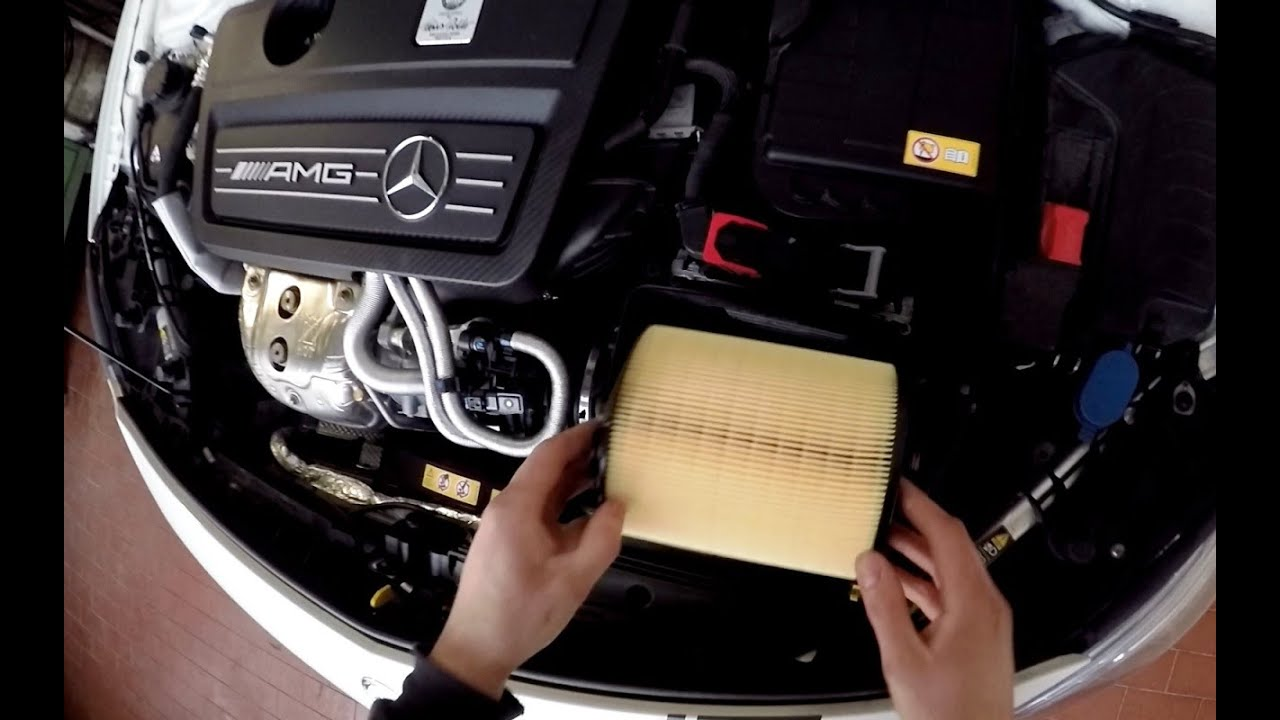 A 45 Amg Changing The Air Filter Youtube