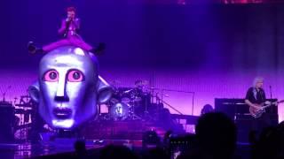 Queen + Adam Lambert- Killer Queen