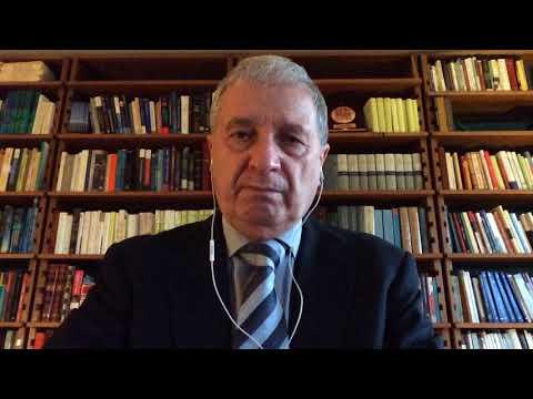 The talk of Professor PIERO BENVENUTI,The GS of The International Astronomical Union (IAU)