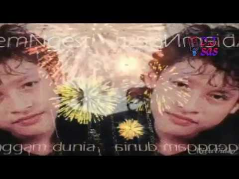 Free Download Poppy Mercury Ft Abiem Ngesti - Kugenggam Dunia Karaoke Mp3 dan Mp4