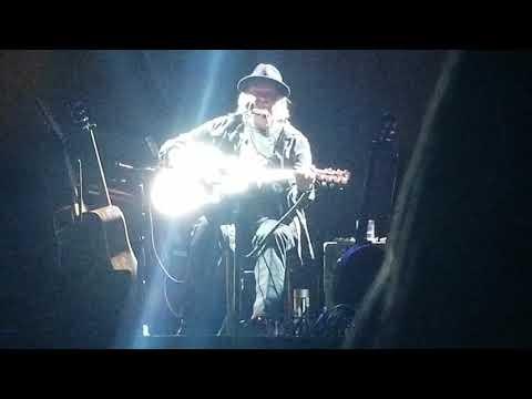 Neil Young My My Hey Hey Jan 23 2019 Riverside Theater Milwaukee nunupics Mp3
