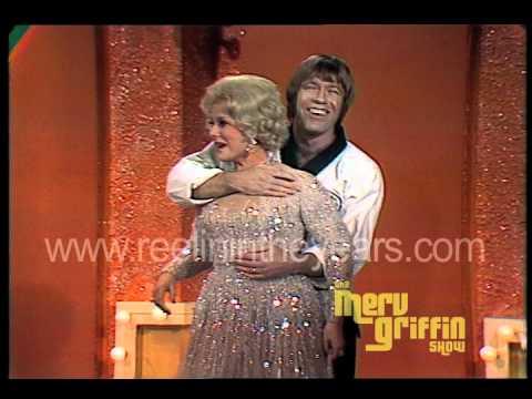 Chuck Norris & Eva Gabor- Karate Demonstration! (Merv Griffin Show 1971)