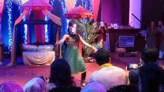 Best Mendhi Dance Ever! Yasir and Amina -Bride side dance part2