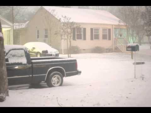Huntsville Snow Night Timelapse (1/10/2011)