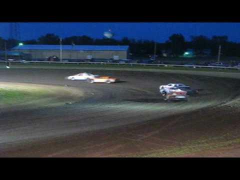 Farmer City Raceway (4/30/10) King of Dirt Series 4th Annual Street Stock Nationals Heat Recap