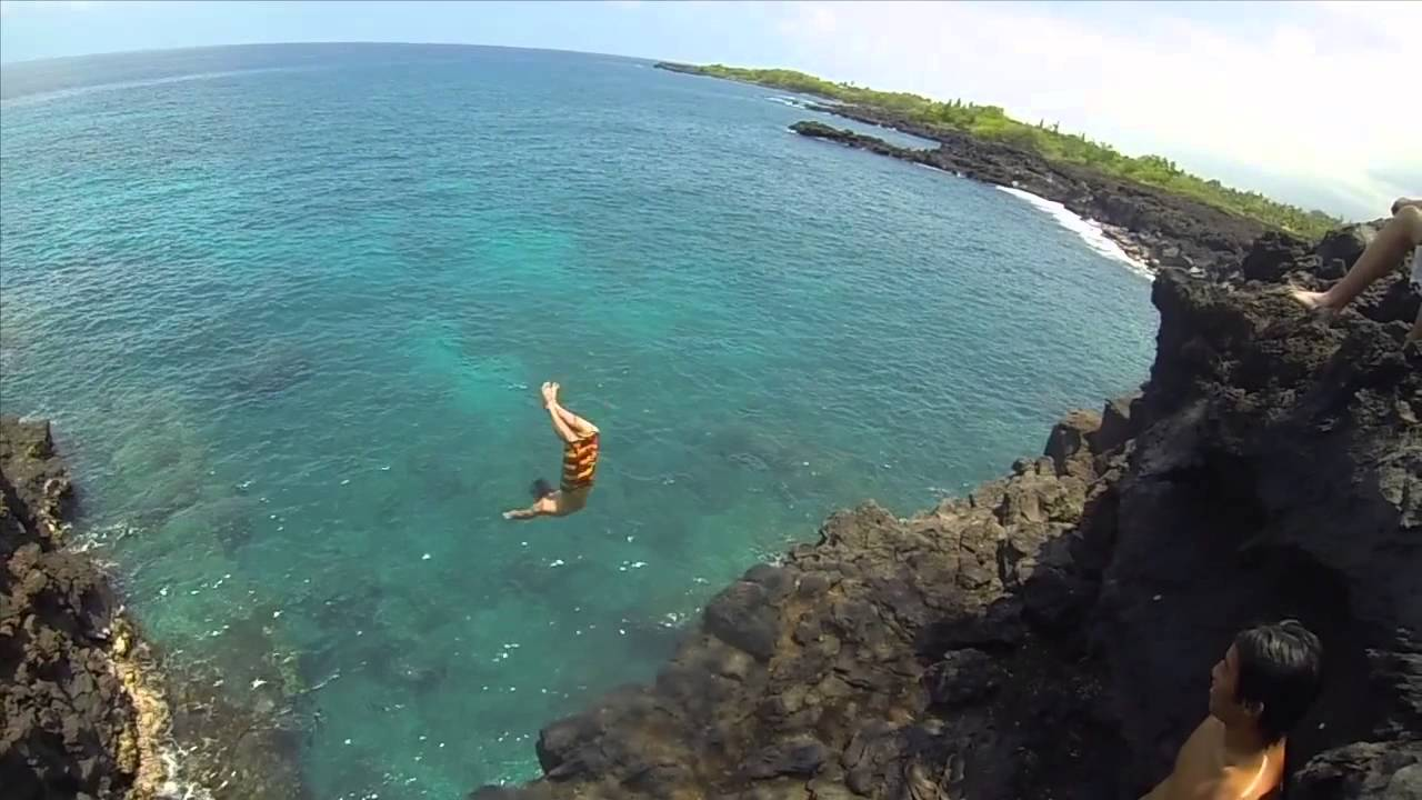 Hawaii Cliff Jumping GoPro HERO3 HD - YouTube