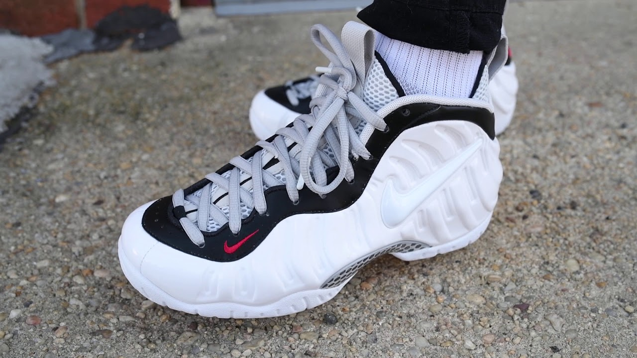 Nike Air Foamposite One Women s Summit White Oil Gray ...