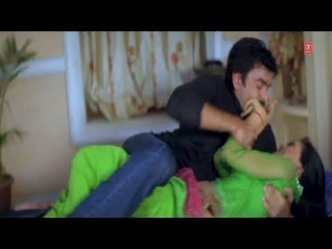 Shweta Tiwari [Struggling Scene] from Bhojpuri Movie [ Ae Bhauji Ke Sister ]