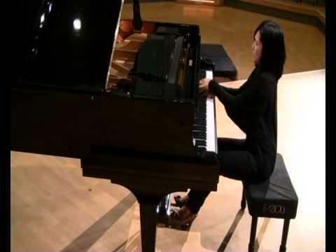Sukyeon Kim plays Albeniz Triana