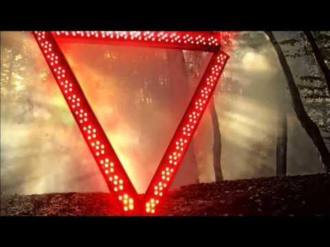 Enter Shikari - Warm Smiles Do Not Make You Welcome Here (2012) mp3