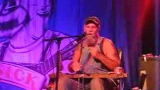 Seasick Steve - Diddly Bow/Save Me (with drums!) thumbnail
