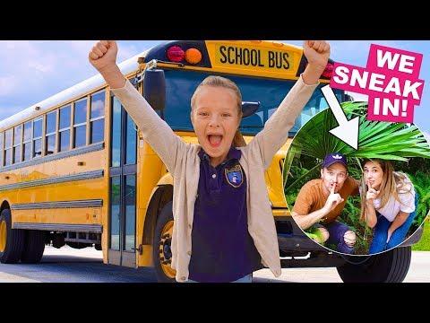 FIRST SCHOOL FIELD TRIP! 🚌 Parents sneak in! 😱