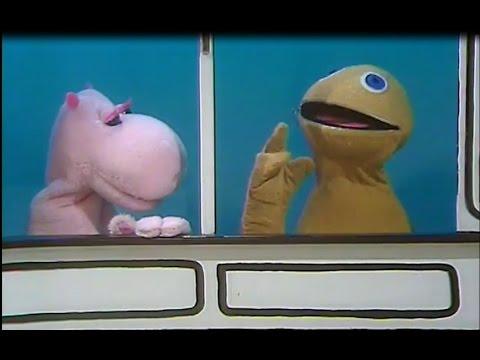 Zippy & George Do Gangsta Rap (explicit)