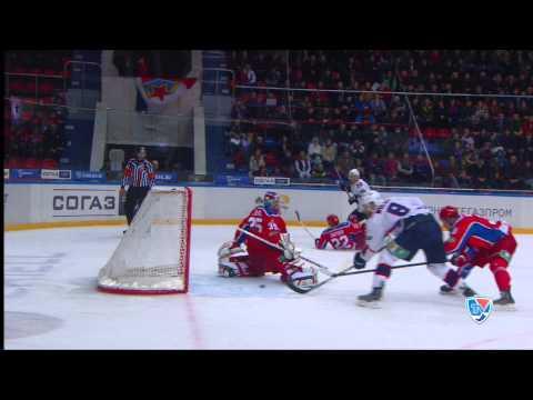 Вольски мажет по пустым воротам c полутора метров / Wolski misses open net from 1.5m away