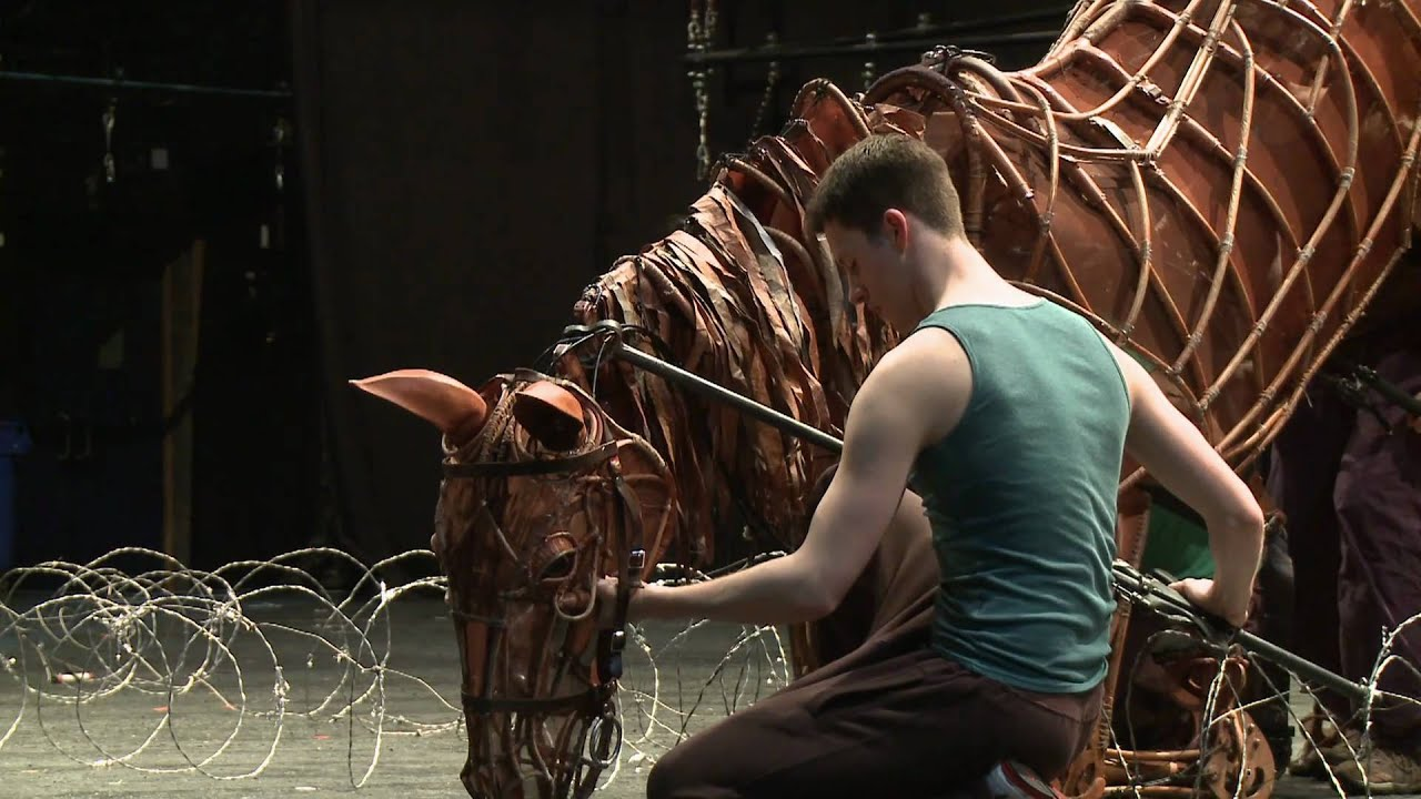War Horse London 2011 company in rehearsals - YouTube