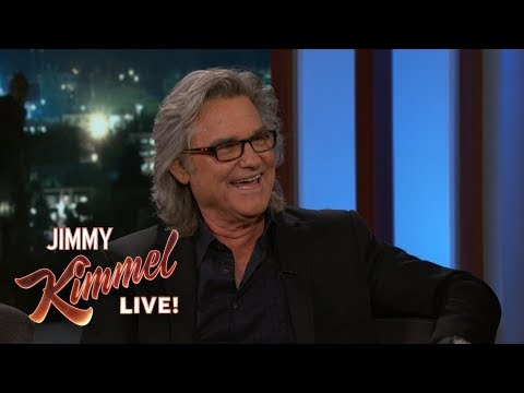 Kurt Russell on Playing Santa & Christmas with Family