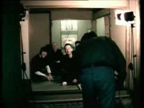 Radiohead - Meeting People Is Easy [7/10]