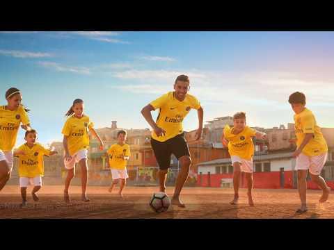 Nike Paris Saint-Germain 2017/2018 Away Jersey