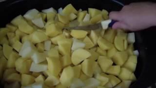 Картошка с курицей в духовке от Захара