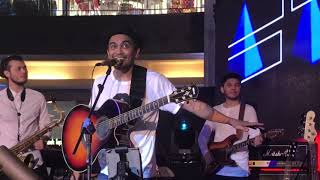 Download lagu Glenn Fredly & Barry Likumahuwa - You Are My Everything (Terang)