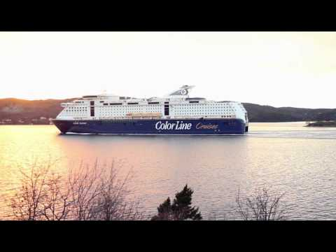 Color Line - MS Color Fantasy passing Drøbaksundet (Oslofjord) - Biggest cruise ferry in the world!